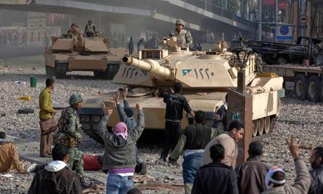 Egyptian-army-tanks-in-ta-007