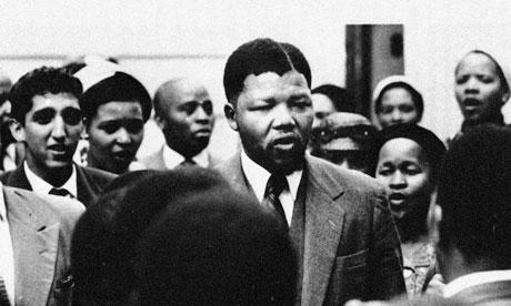 Nelson-Mandela-in-1956-007