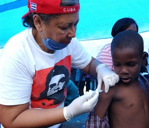 Cuban doctor in Haiti