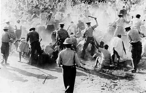 Sharpeville-massacre-police 3