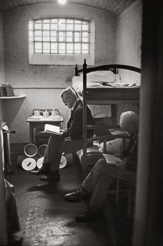 Reading in Prison 2